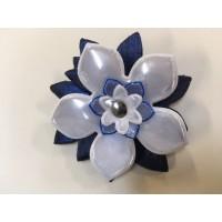 Reflexní brož modrobílá
